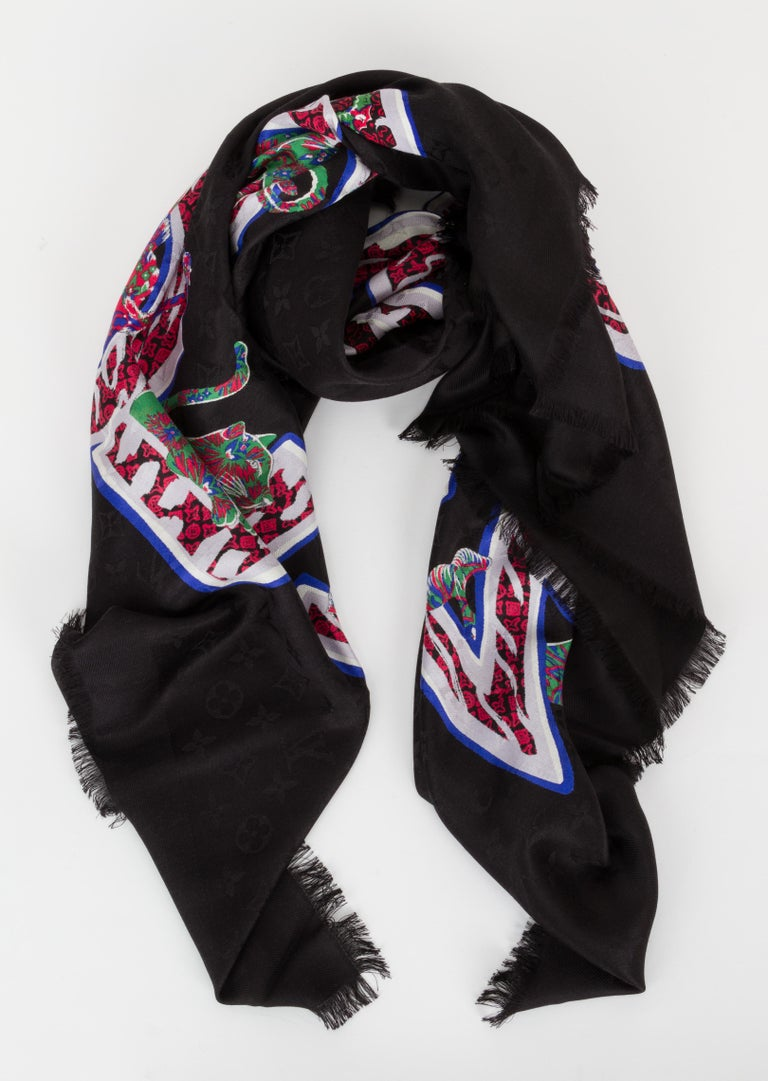 New in Box Louis Vuitton Letter Silk Wool Black Shawl Scarf In New Condition For Sale In West Hollywood, CA