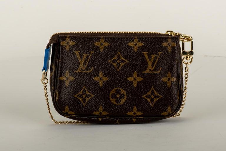 Black New in Box Louis Vuitton Limited Edition Christmas Venice Pouchette bag For Sale