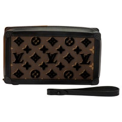 New in Box Louis Vuitton Runway SS 2020 Velvet Clutch Bag