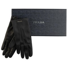 New in Box Prada Black Leather Ladies Gloves Size 6.5