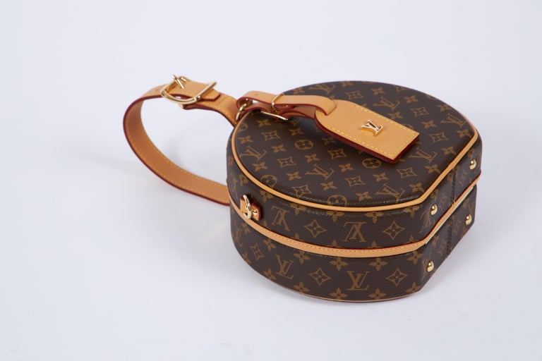 Women's New in Box Vuitton Monogram Mini Hatbox For Sale