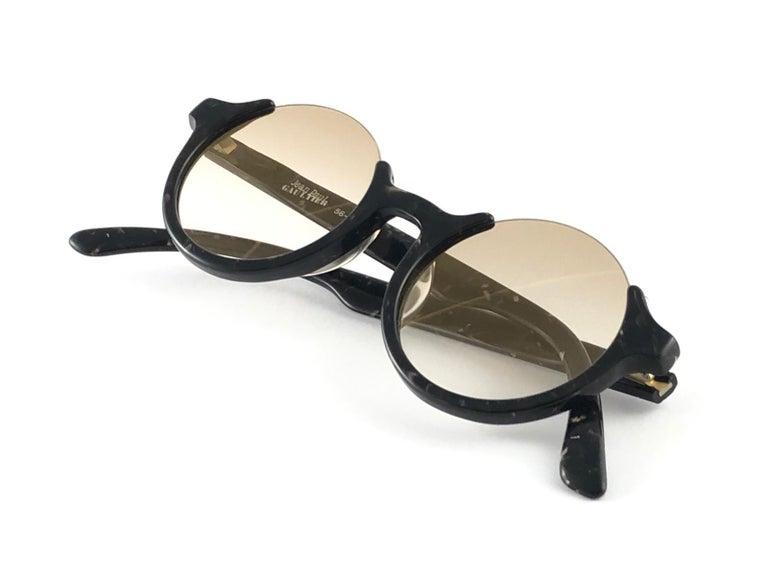 White New Jean Paul Gaultier 56 7061 Round Marbled Flat Lenses 1990's JPG Sunglasses For Sale