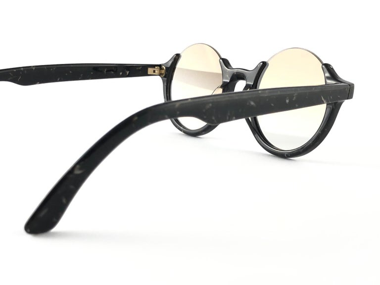 New Jean Paul Gaultier 56 7061 Round Marbled Flat Lenses 1990's JPG Sunglasses For Sale 4