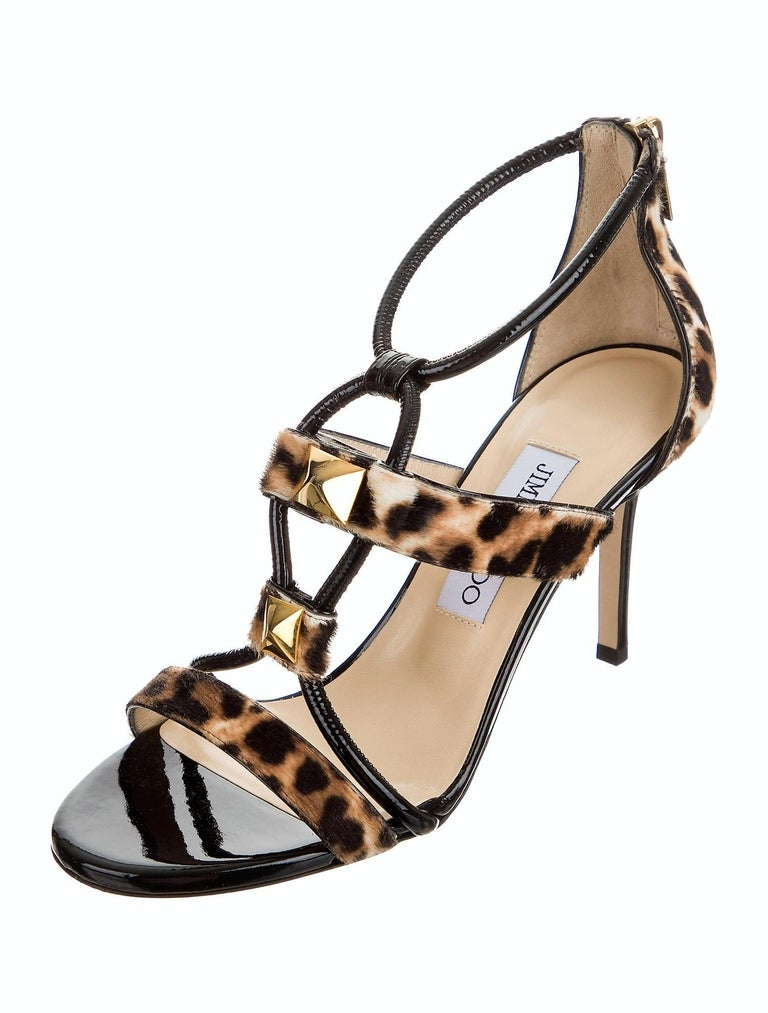 New Jimmy Choo Calf Hair Leopard & Patent Leather Heels Pumps Sz 37 In New Condition For Sale In Leesburg, VA