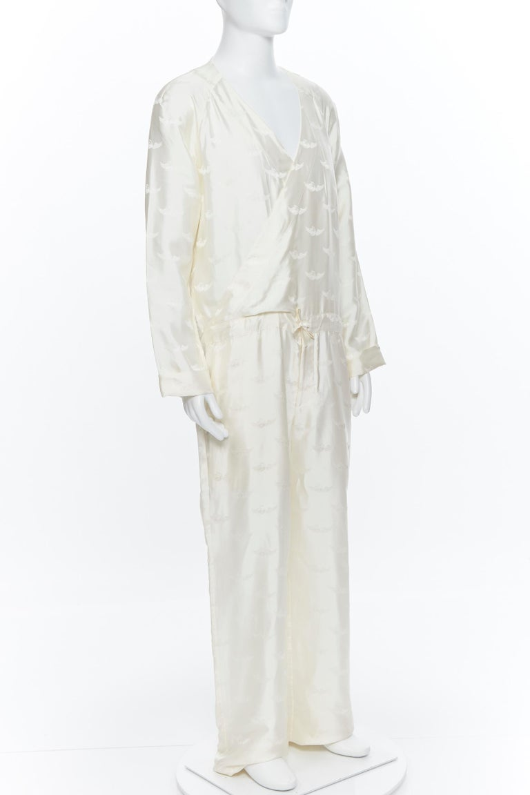 new LA PERLA MENSWEAR 100% silk cream beige winged jacquard V-neck jumpsuit M In Excellent Condition For Sale In Hong Kong, NT