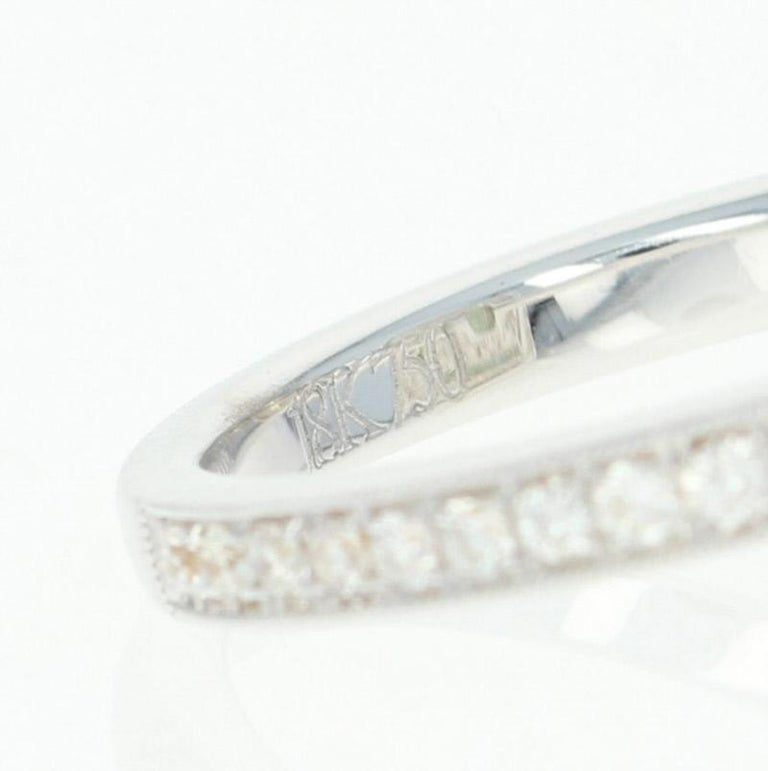 Lemon Quartz and Diamond Halo Ring, 18 Karat White Gold Cushion 8.12 Carat In New Condition For Sale In Greensboro, NC