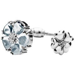 New Light Blue Sapphire Blossom Large Mixed-Media Hinge Bracelet