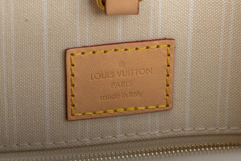 New Louis Vuitton 2021 On The Go Saint Tropez Bag For Sale 7
