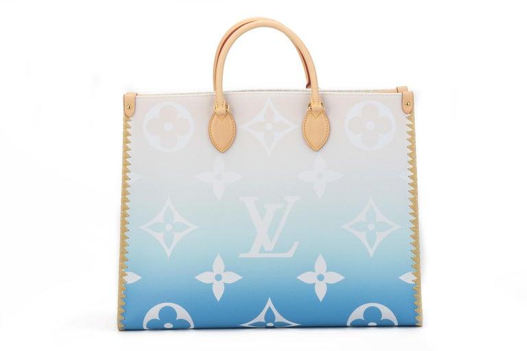 Gray New Louis Vuitton 2021 On The Go Saint Tropez Bag For Sale