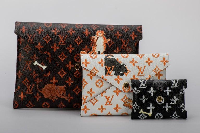 New Louis Vuitton Grace Coddington Cats Pouchettes Bags In New Condition For Sale In Los Angeles, CA