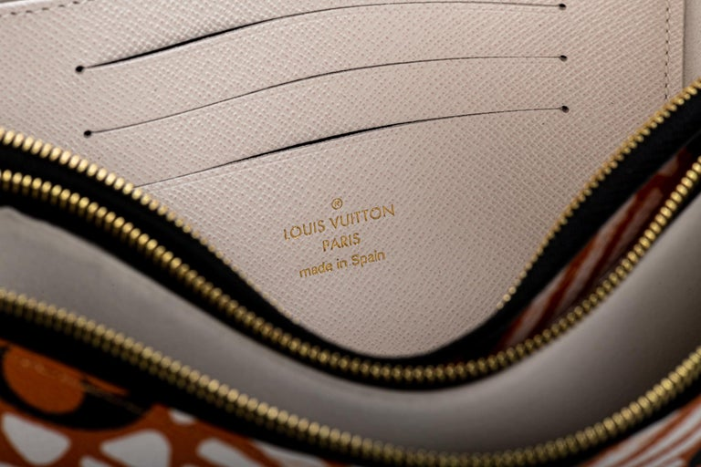 New Louis Vuitton Limited Edition Tribal Double Pochette Bag For Sale 6