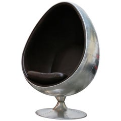 New Modern Design Aluminum Egg Chair Mancave 1950s Leather Industrial