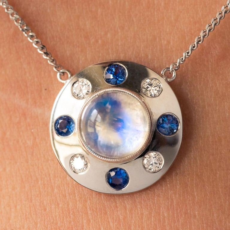 Moonstone Sapphires Diamonds 18 Karat White Gold Necklace In New Condition For Sale In Poitiers, FR
