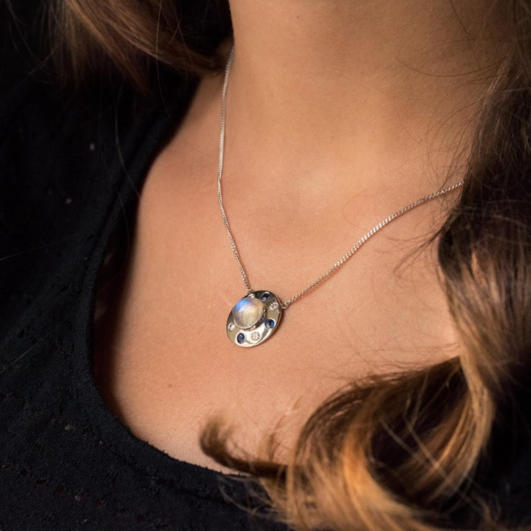 Women's Moonstone Sapphires Diamonds 18 Karat White Gold Necklace For Sale