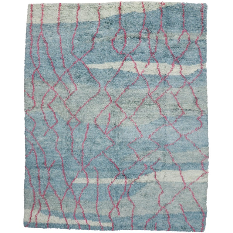 New Moroccan Style Rug with Modern Contemporary Abstract Design For Sale