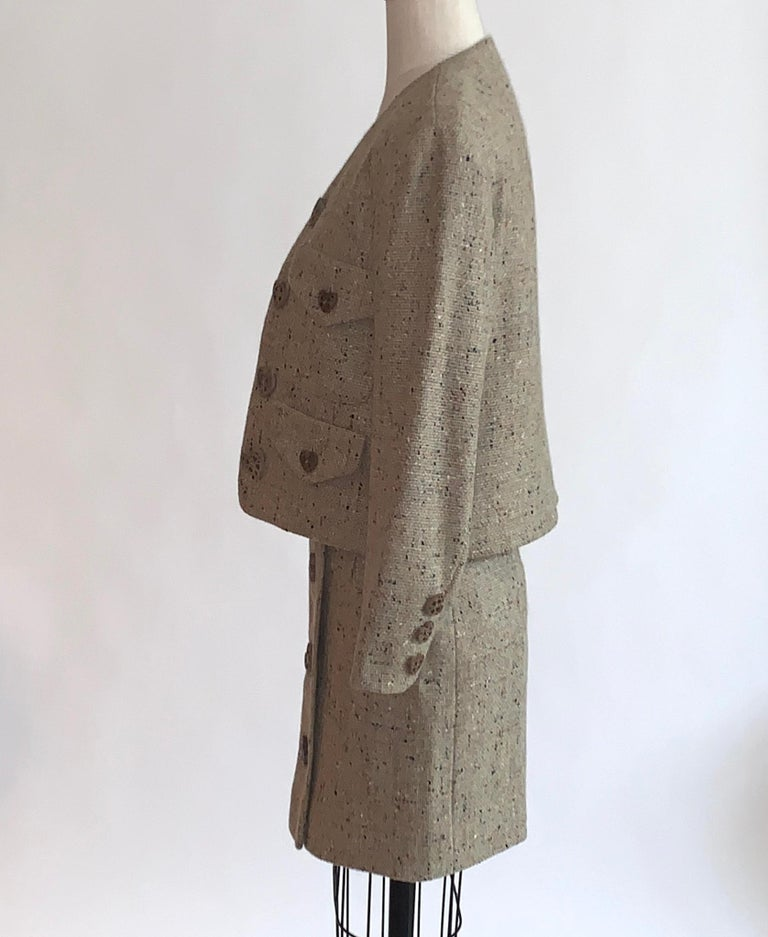 New Moschino Cheap & Chic 1990s Oatmeal Tweed Skirt Suit with Heart Buttons In New Condition For Sale In San Francisco, CA