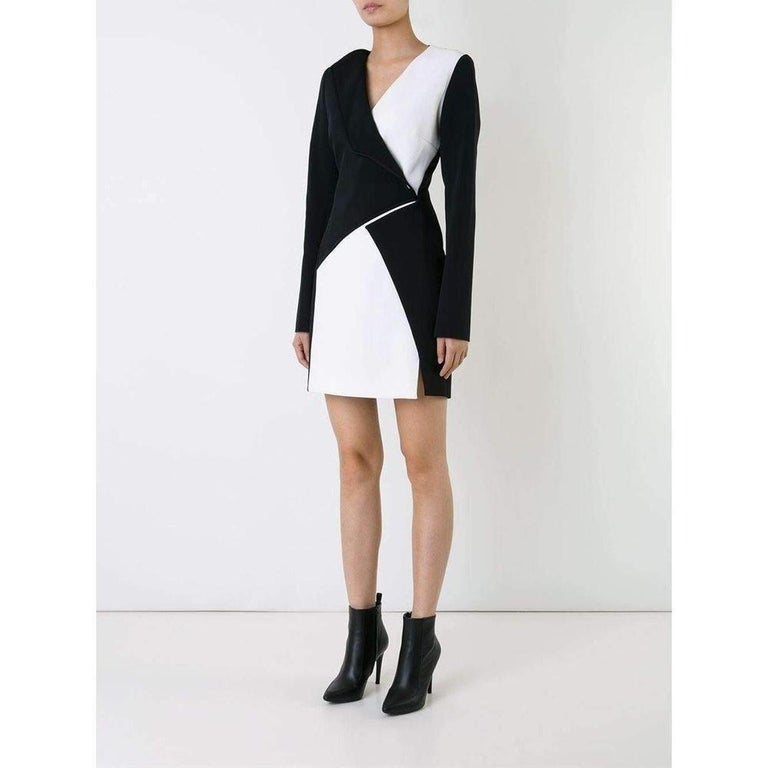 New Mugler Bonded Monocrome Crepe Long Sleeve Mini Dress FR36 // US2-4 In New Condition For Sale In Brossard, QC