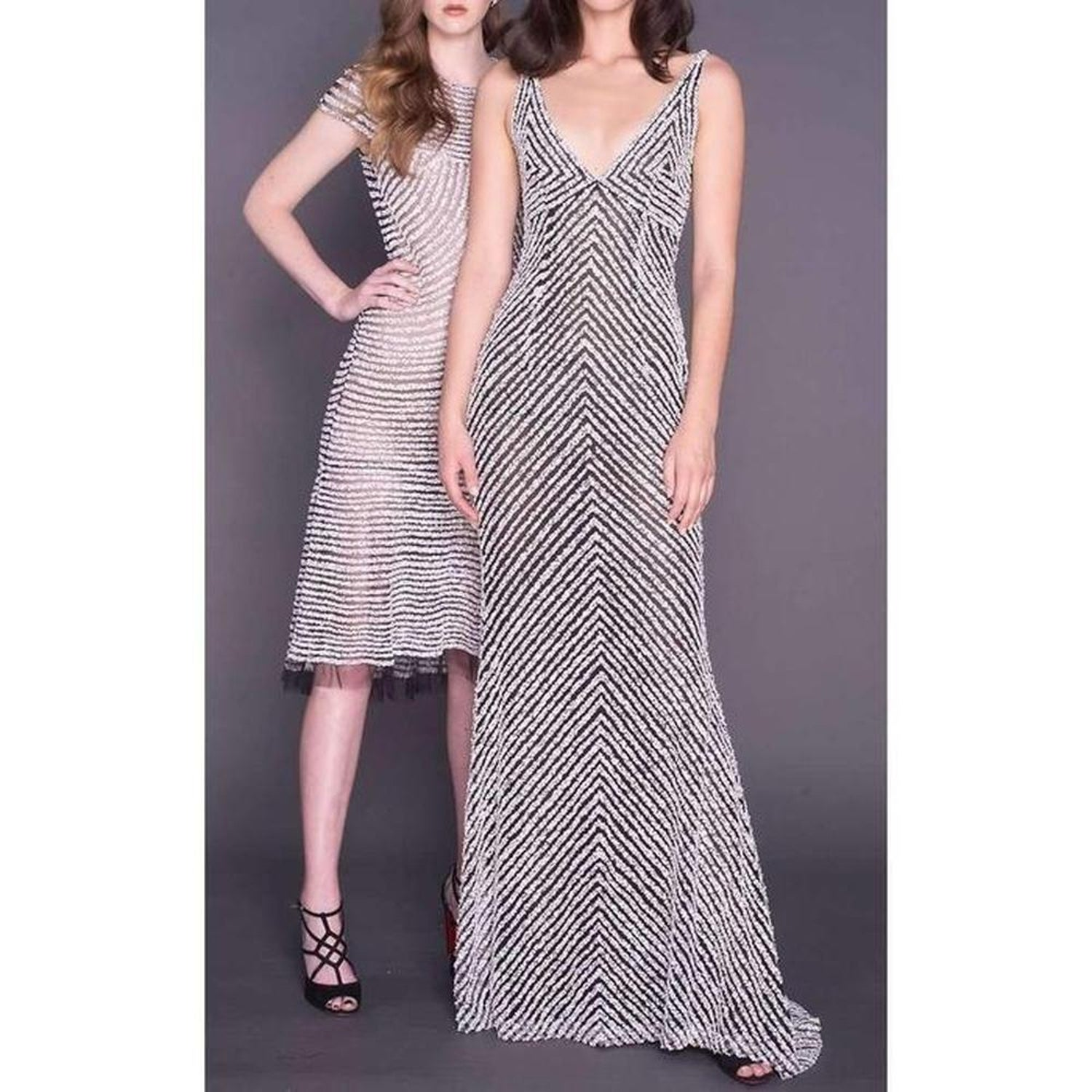 335ca794de1f9 New NAEEM KHAN Beaded Sequin V Neck Gown US 8 For Sale at 1stdibs