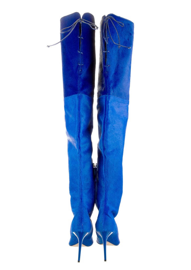 New Oscar De La Renta Runway F/W 2017 Blue Calf Hair Over the Knee Boots 38 US 8 In New Condition For Sale In Montgomery, TX
