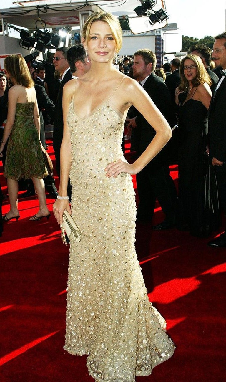New Oscar de la Renta SS 2006 Runway Red Carpet Nude Sequin Embellished Gown 6 8 For Sale 5