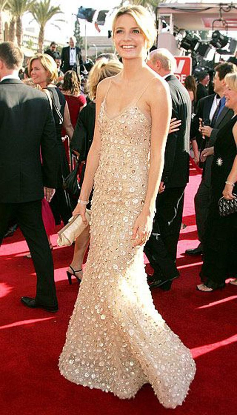 New Oscar de la Renta SS 2006 Runway Red Carpet Nude Sequin Embellished Gown 6 8 For Sale 7