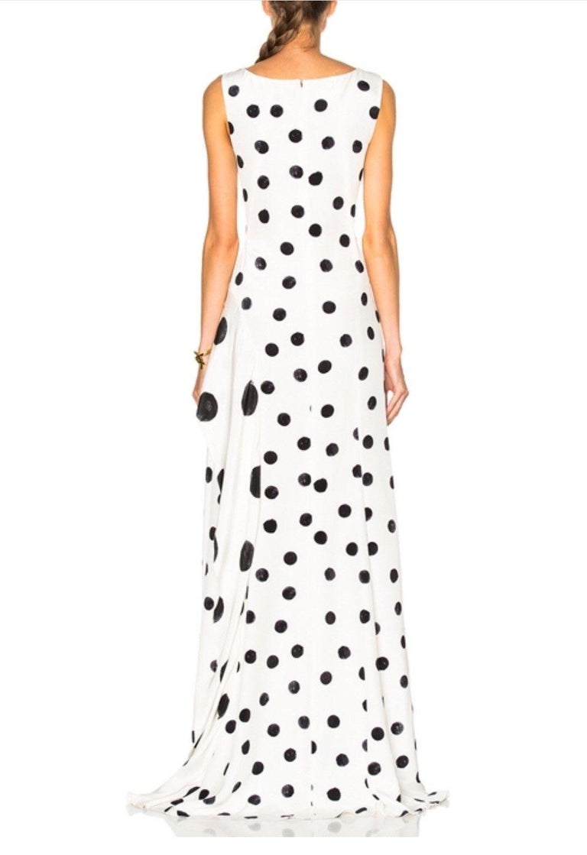 New Oscar De La Renta White Polka Dot Silk Crepe Tiered Skirt Dress Gown size 4 For Sale 5