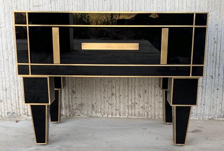 New Pair of Mirrored Low Nightstand in Black Mirror and Chrome with Drawer For Sale 2