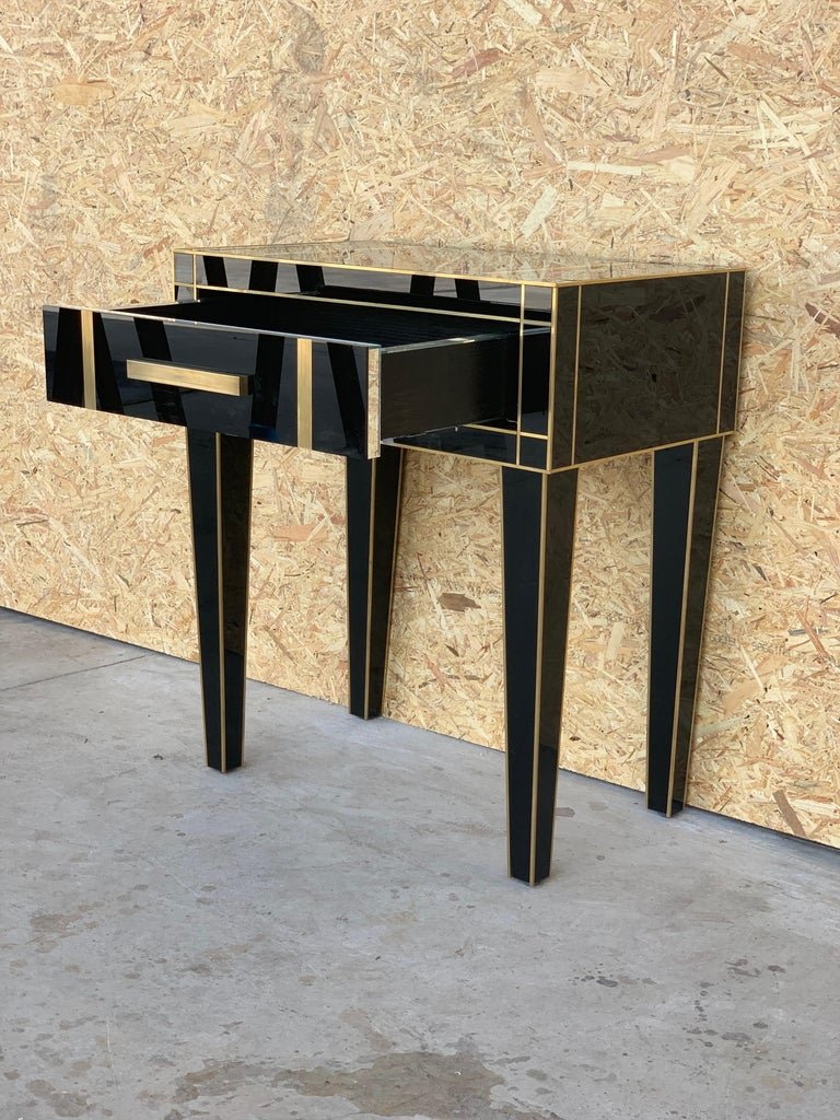 Spanish New Pair Mirrored Nightstand in Black Mirror and Chrome with Drawer