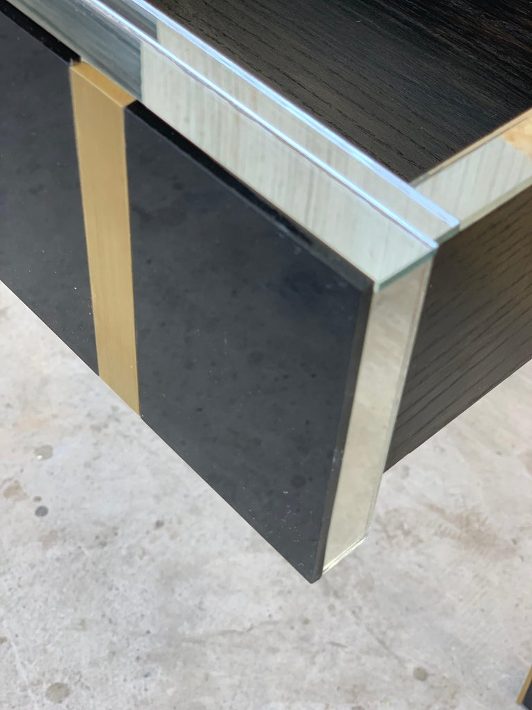 New Pair Mirrored Nightstand in Black Mirror and Chrome with Drawer 2