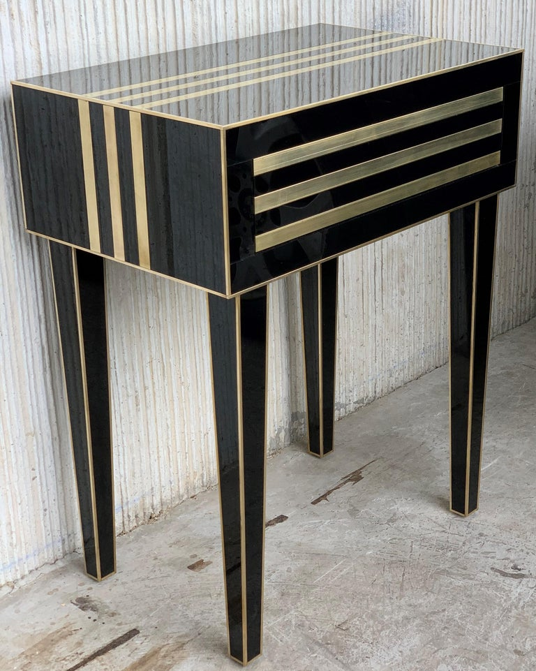 New Pair of High Black and Brass Nightstands with Drawer, Push System Opening In New Condition For Sale In Miami, FL