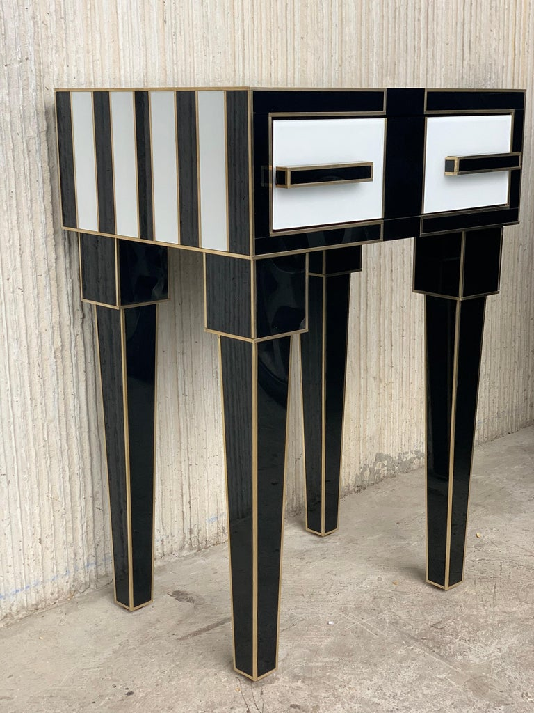 New Pair of High Black & White Glass & Brass Nightstands with Drawer In New Condition For Sale In Miami, FL