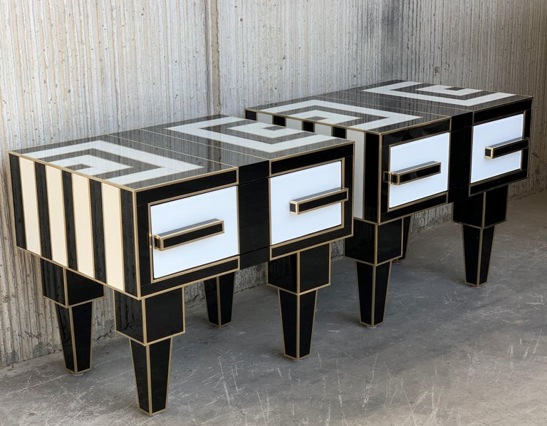 Spanish New Pair of Mirrored & Brass Nightstands with One-Drawer in Black & White Glass For Sale