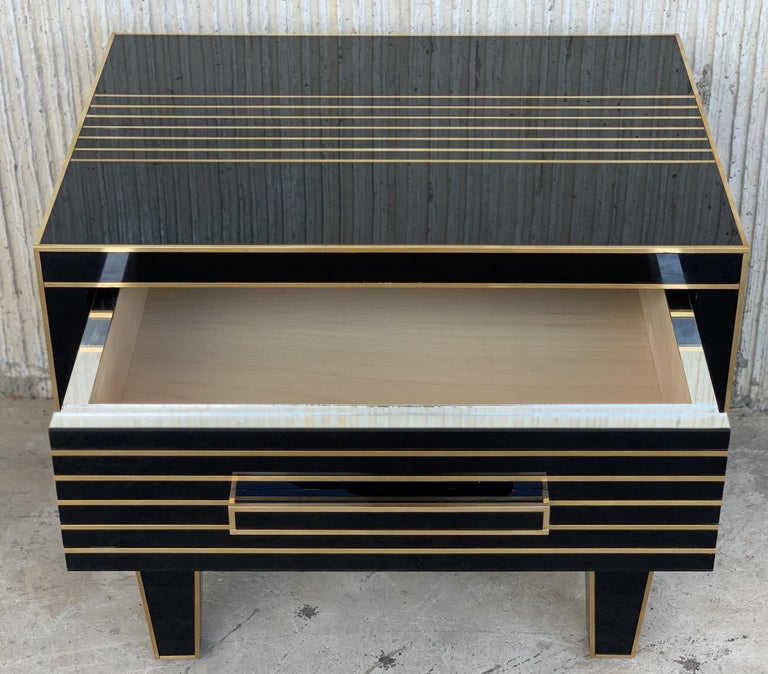 New Pair of Mirrored Low Nightstand in Black Mirror and Chrome with Drawer For Sale 3