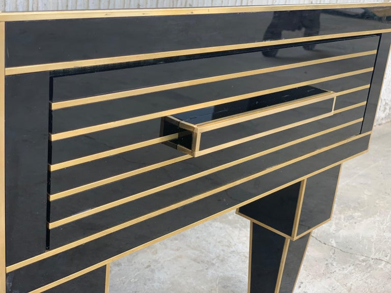 New Pair of Mirrored Low Nightstand in Black Mirror and Chrome with Drawer For Sale 6