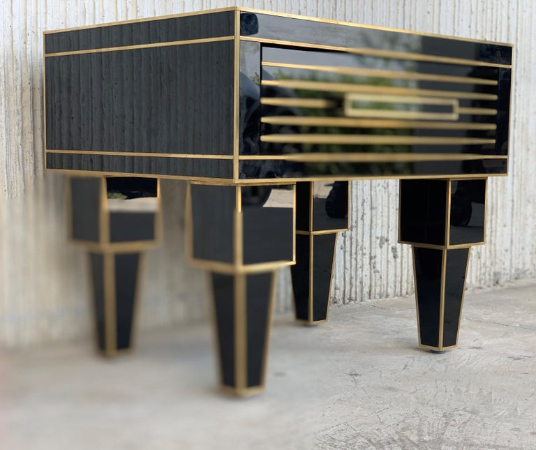 Brass New Pair of Mirrored Low Nightstand in Black Mirror and Chrome with Drawer For Sale