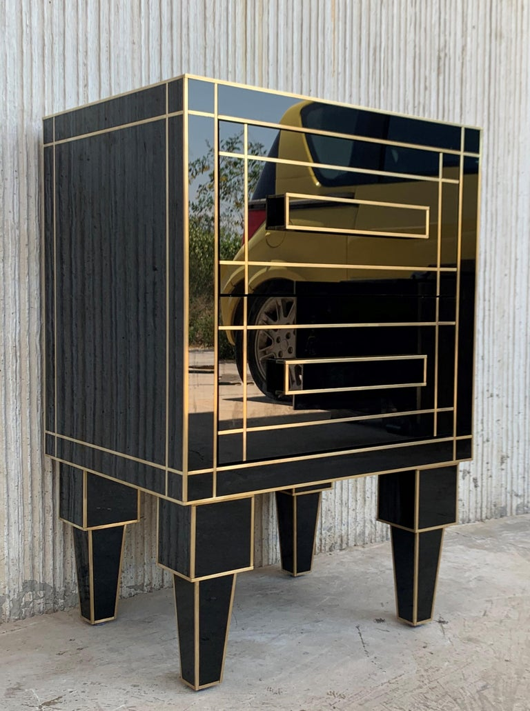 Contemporary New Pair of Mirrored Nightstands in Black Mirror with Two Drawers For Sale