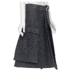 new PRADA 2019 Runway grey chevon wool tweed frayed metal clasp skirt IT38 XS