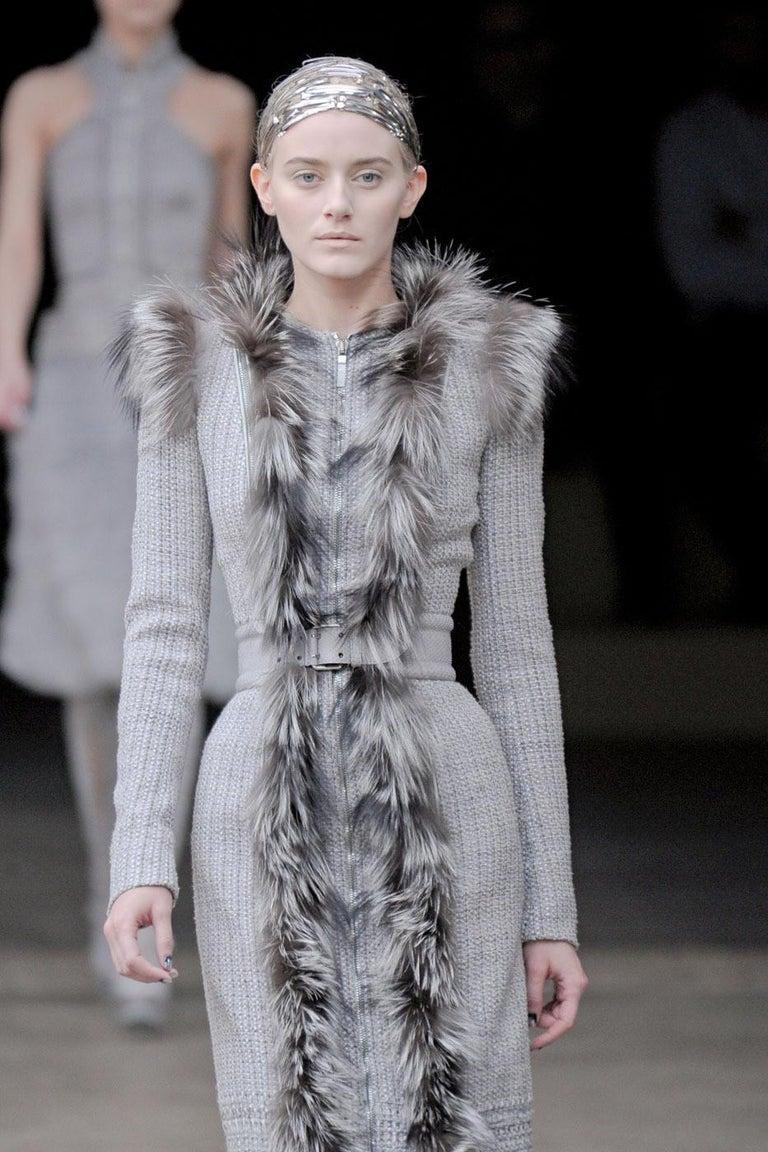 New Rare Alexander McQueen F/W 2011 Fox Fur & Wool Runway Coat Dress IT42  In New Condition For Sale In Leesburg, VA