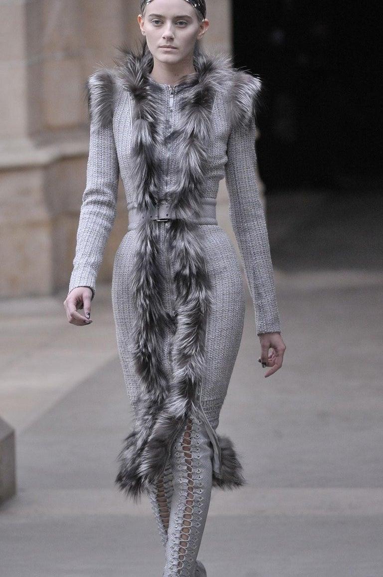 New Rare Alexander McQueen F/W 2011 Fox Fur & Wool Runway Coat Dress IT42  For Sale 3