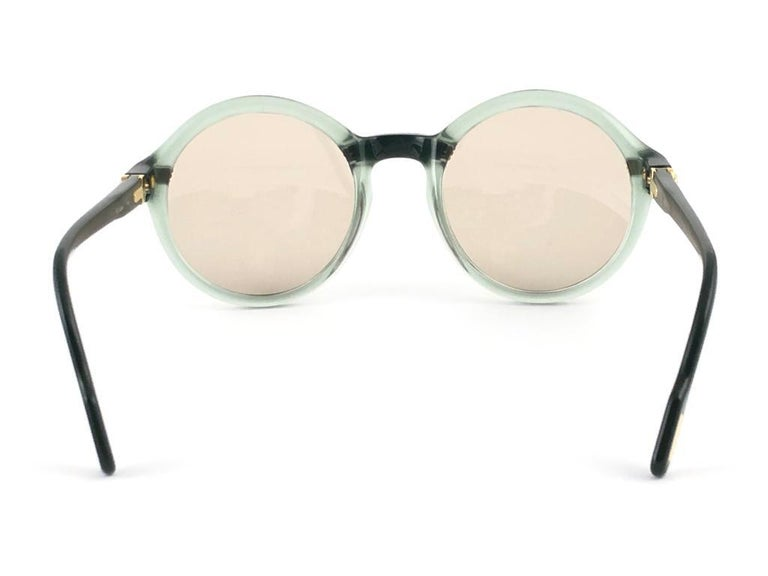 New Rare Cartier Cabriolet Round Jade & Gold 49MM 18K Sunglasses France 1990's For Sale 3