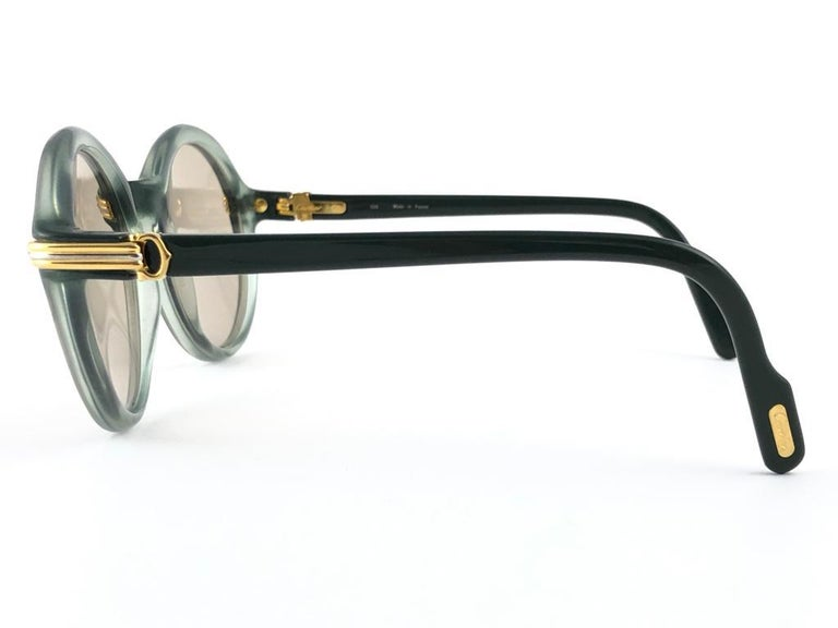 New Rare Cartier Cabriolet Round Jade & Gold 49MM 18K Sunglasses France 1990's For Sale 4