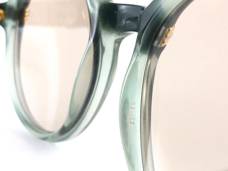 New Rare Cartier Cabriolet Round Jade & Gold 49MM 18K Sunglasses France 1990's For Sale 5