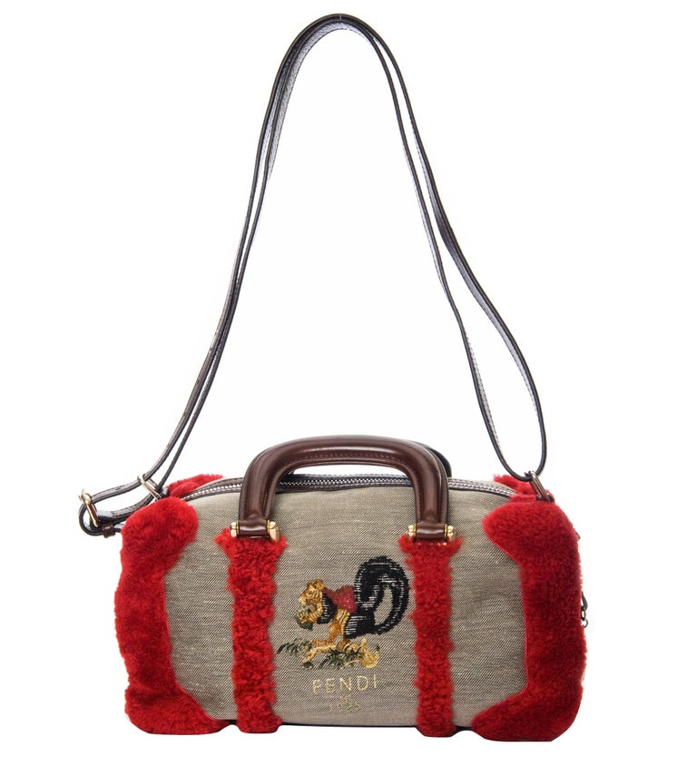 New Rare Fendi Squirrel Fall 2005 Shearling Runway Bag $3950 In New Condition For Sale In Leesburg, VA