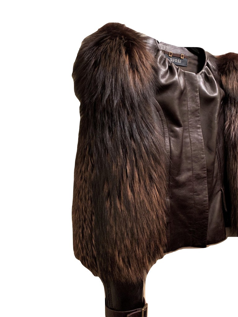 New Rare Tom Ford for Gucci F/W 2003 Fox Fur Runway Ad Jacket Coat Sz 40 $9,650 For Sale 2