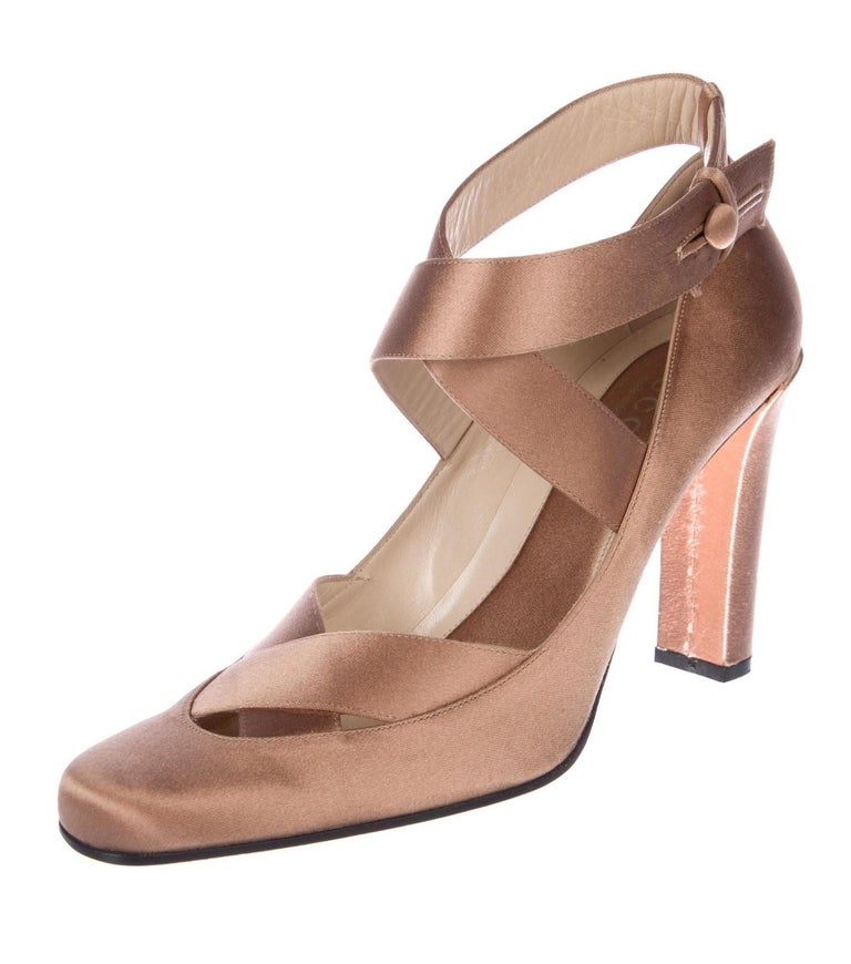 New Rare Tom Ford for Gucci Satin Ballerina Ad Runway Heels Pumps Sz 40.5 In New Condition For Sale In Leesburg, VA