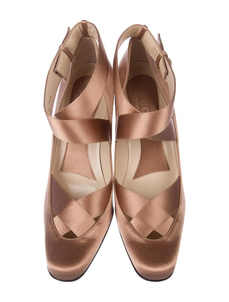 New Rare Tom Ford for Gucci Satin Ballerina Ad Runway Heels Pumps Sz 40.5 For Sale 1