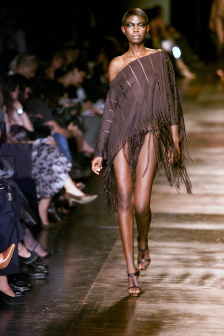 Tom Ford for Yves Saint Laurent Spring / Summer 2002  Brand New  A Rare Find Size: One Size $1350 100% Silk Brown Silk Runway Cape Poncho Shown at the 2002 Spring Runway Show  Length: 39