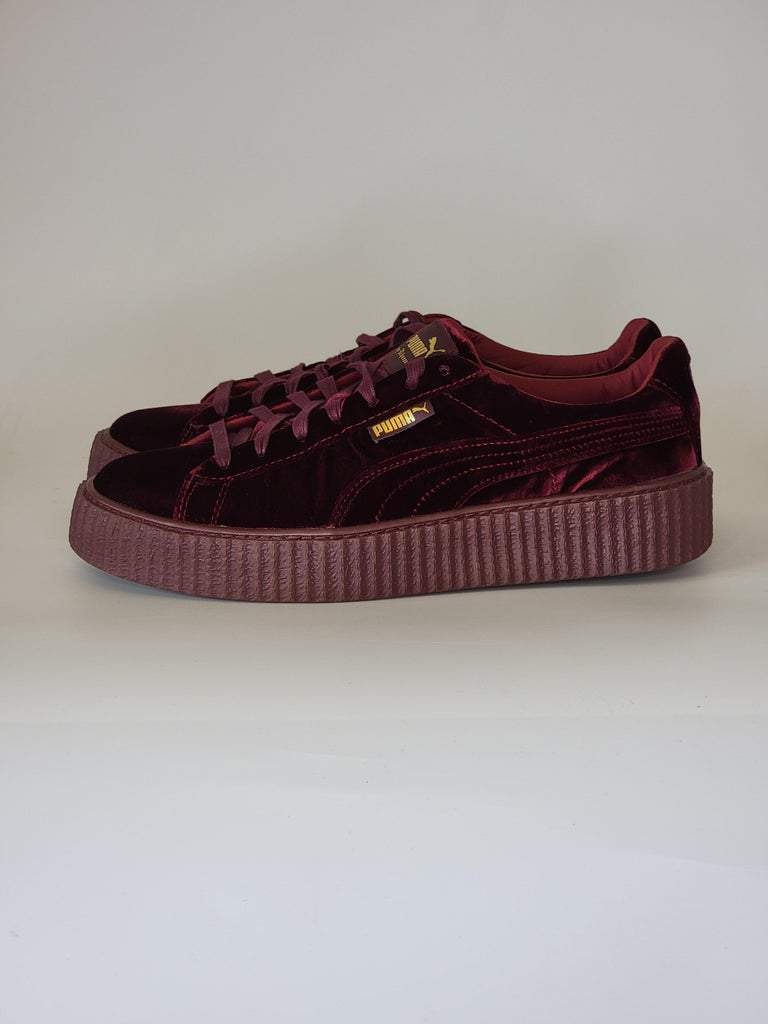 NEW Rihanna Fenty X Puma Burgundy Creeper Low Top Burgundy Sneakers (11 US) In New Condition For Sale In Montreal, Quebec