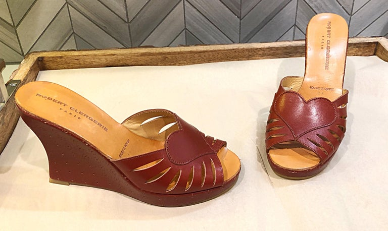 New Robert Clergerie Size 6.5 1990s Cordovan Red Brown Heart Slides Wedges Shoes For Sale 6