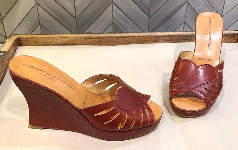 New Robert Clergerie Size 6.5 1990s Cordovan Red Brown Heart Slides Wedges Shoes For Sale 1